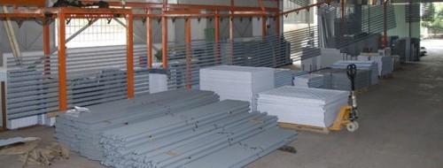 Xưởng sản xuất kệ sắt